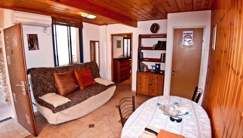 fiddlers-inn livingroom