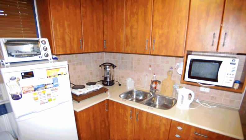 fiddlers-inn kitchen